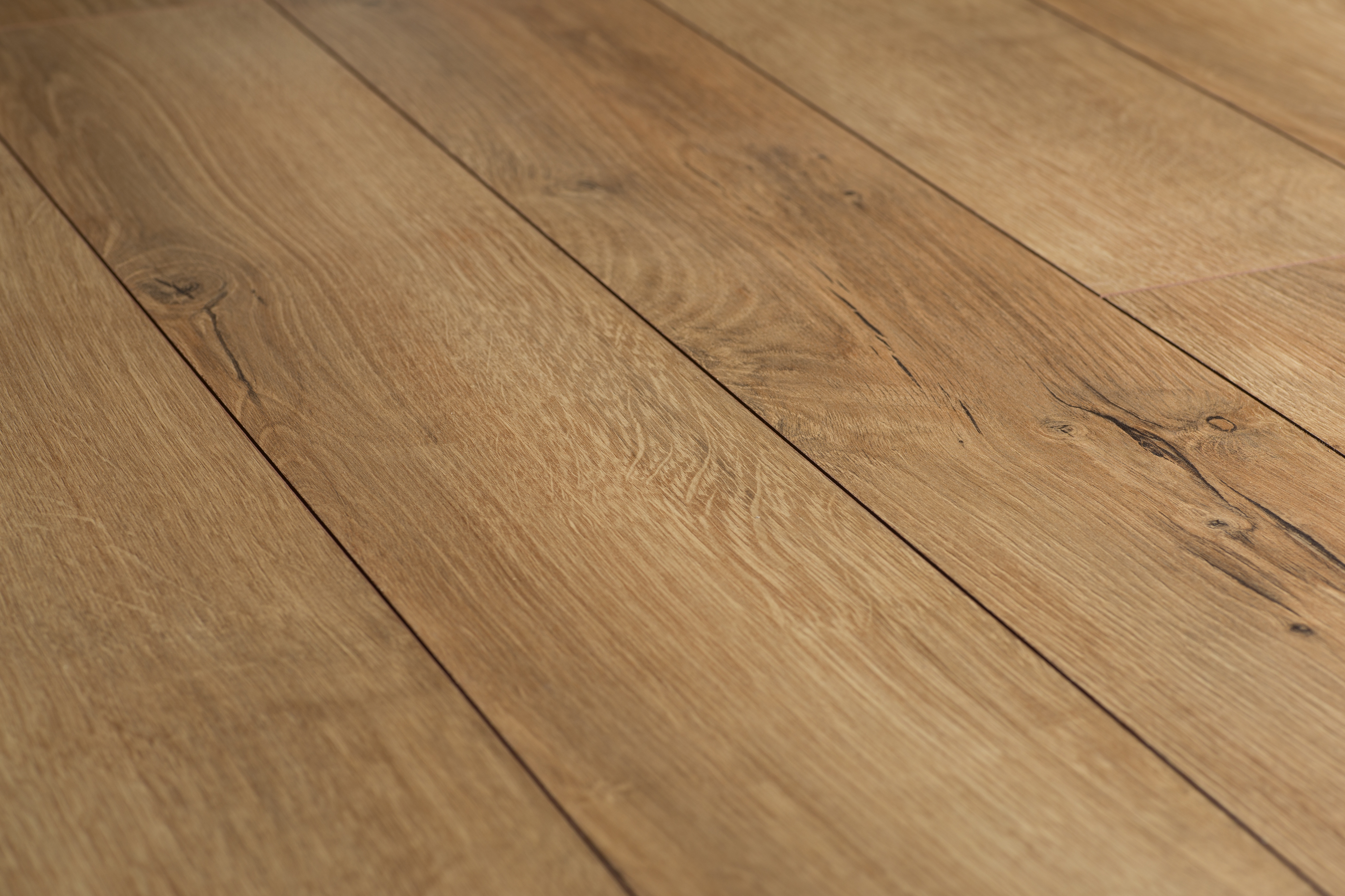Ламинат Linea Platinum Baltic Oak